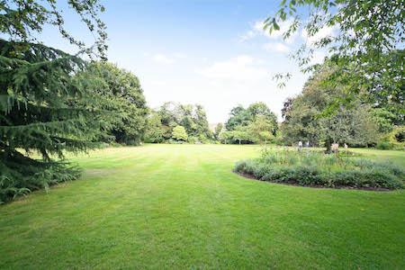 Communal garden Kensington - Edwardes Square Scarsdale and Abingdon Association