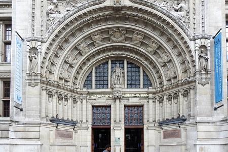 London Craft Week Kensington - V&A Museum exterior