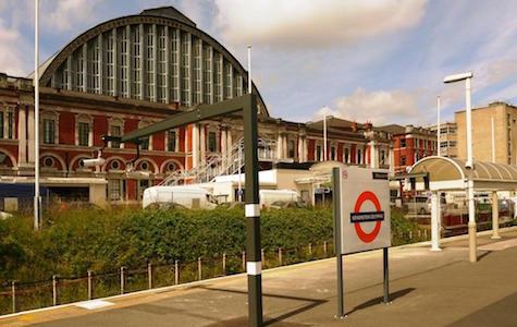 Kensington Transport - Train