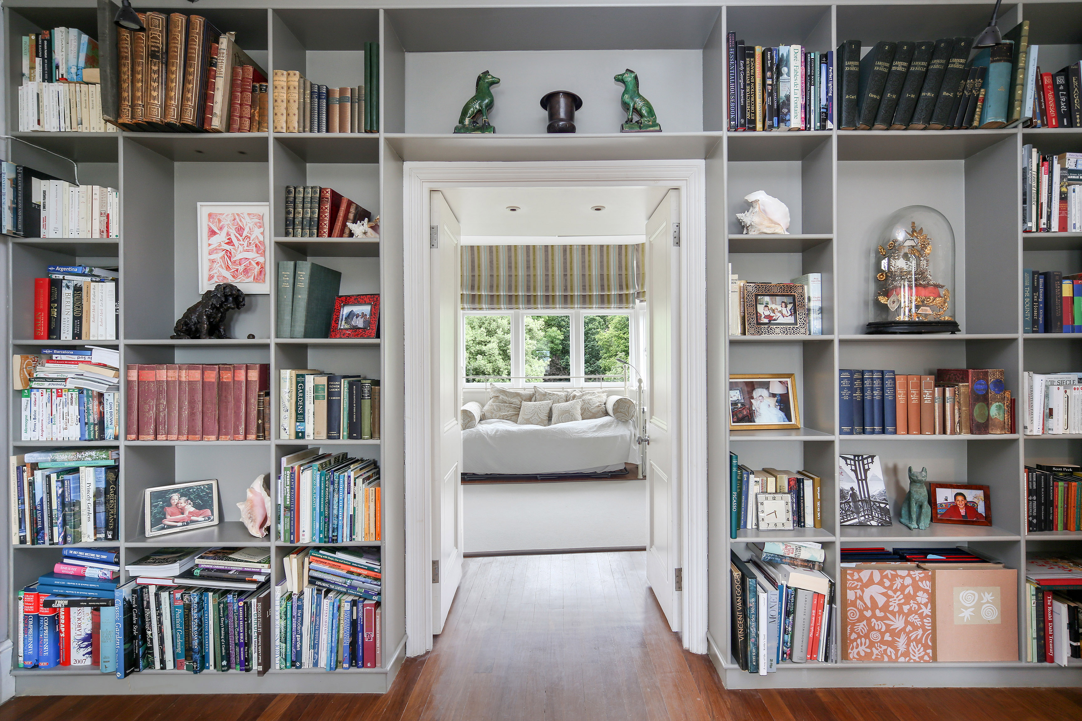 London property market forecast 2017 - image of built in bookcase