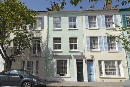 Why do estate agents charge so much commission? Pretty Kensington house exterior