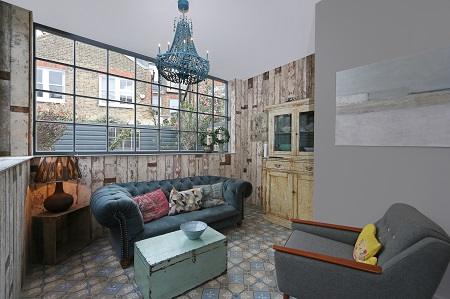 Kensington & Chelsea Lettings Market Report Q4 2017 - funky sitting room in North Kensington