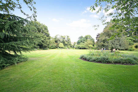 Communal garden Kensington - Edwardes Square Scarsdale and Abingdon Association