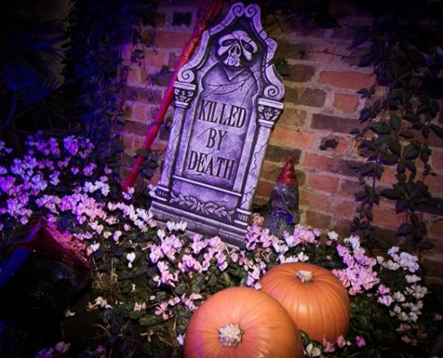 Halloween events in London 2017 - gravestone and pumpkins