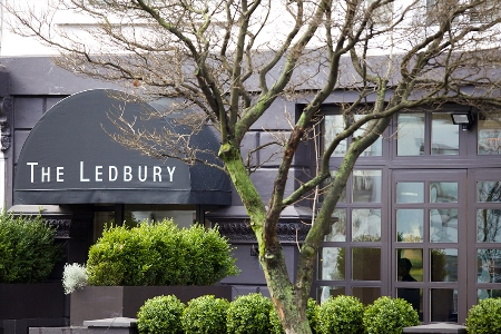Best places for outdoor dining in Notting Hill- The Ledbury Terrace